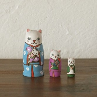 MS3-1 Matryoshka 3sets 正月猫 New Year cat  Size:7cm/Material: wood  ¥6,500+Tax