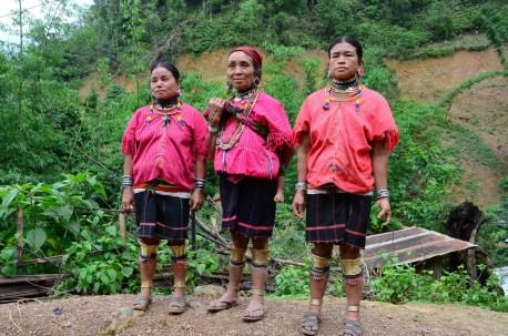 Kayaw women infront of their church
