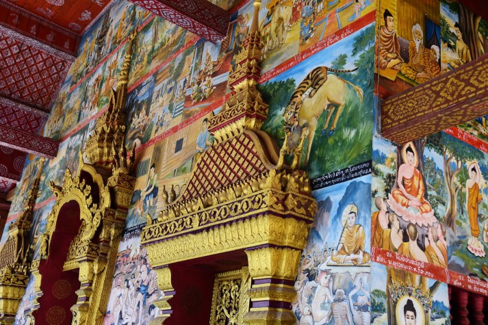 Wall images about Buddhism