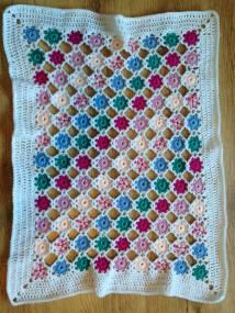 polka dot baby blanket 1