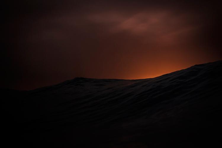 Vague dans les Landes photographiée par Mat Hemon.