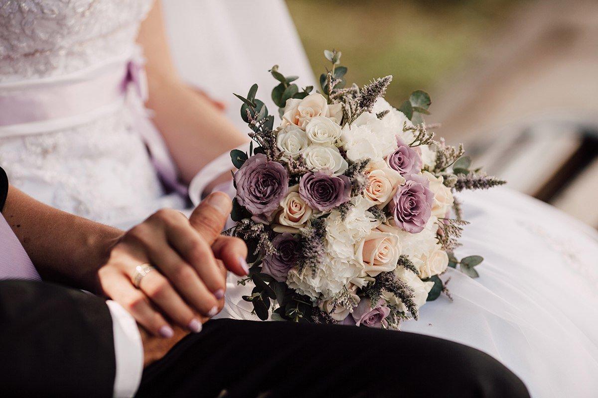 Нежный букет невесты: как подобрать цветы и оттенки - 1