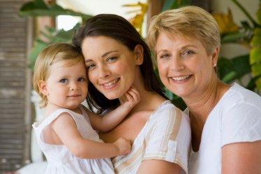 Бабушка и мама. Как распределить роли в воспитании ребенка? - 6