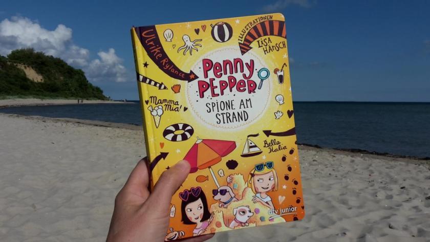 Spione am Strand ist Band 5 von Penny Pepper der Kinderbuchautorin Ulrike Rylance