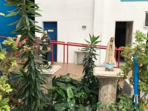 Kindern Helfen - Lar Amigos de Jesus - Innenhof
