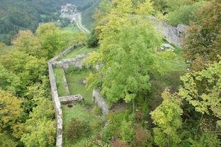 Das blieb von der einst stolzen Festung Hohenwittlingen über...... Foto (c) kinderoutdoor.de