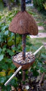 So sieht unser selbstgebasteltes Vogelhäuschen aus. foto (c) kinderoutdoor.de