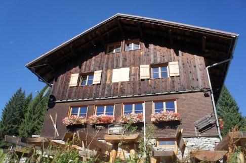 Familienfreundlich ist die Wannenkopfhütte und bietet Abenteuertage für die Familien an. Foto (c) kinderoutdoor.de