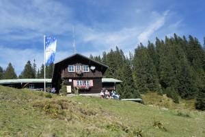 Familien können das Berghaus Schwaben zwischen dem Riedbergerhorn und dem Weiherkopf leicht erreichen.  Foto (c) kinderoutdoor.de