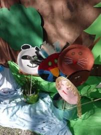 Masken aus Pappteller: Schnell, einfach und richtig lustig. foto (c) kinderoutdoor.de