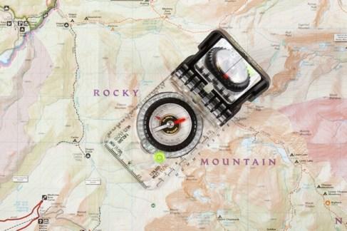 Bruntion Compass TruArc ist weltweit ein zuverlässiges Navigationsgerät. foto (c) brunton