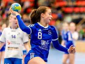handball girl blue youth blau Jugendliche