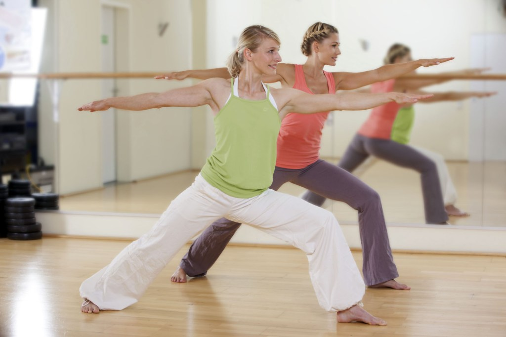 Sanft in Form kommen - nach einer Schwangerschaft sollte man mit dem Fitnessprogramm langsam starten.