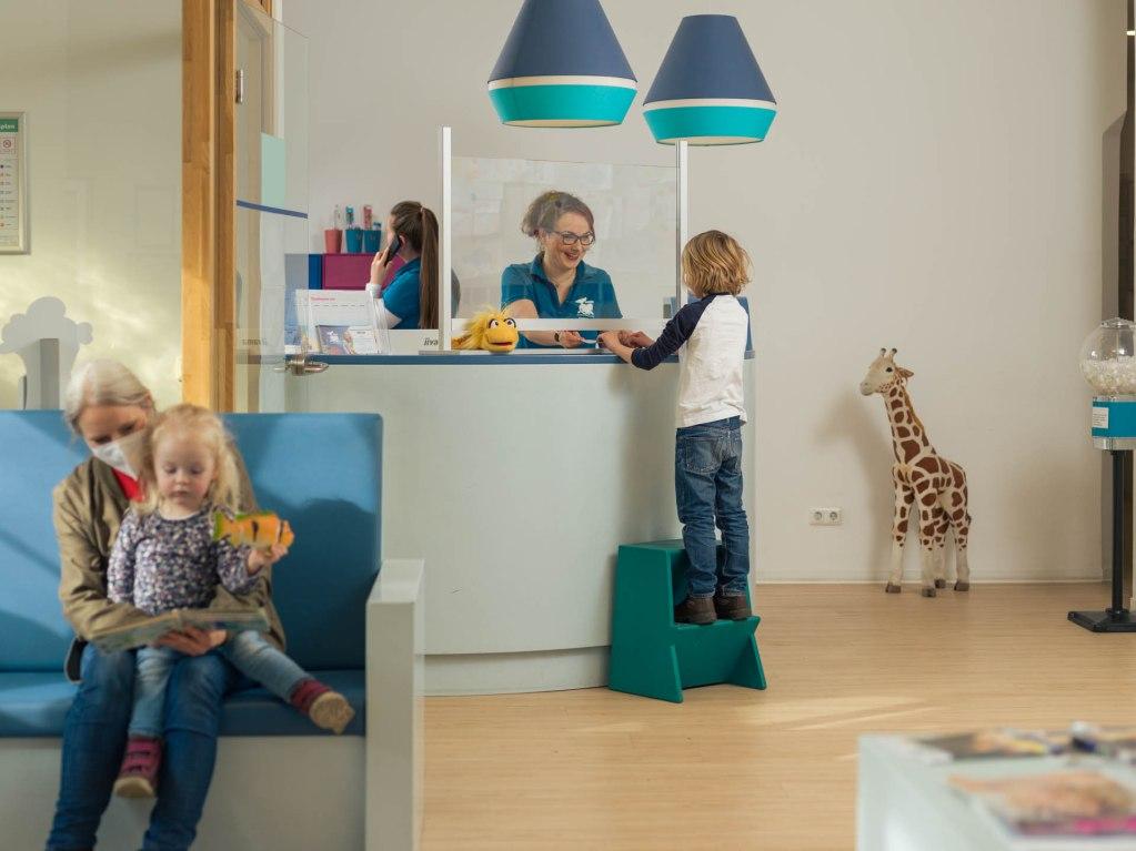 Empfang Kinderzahnarztpraxis Brun Potsdam