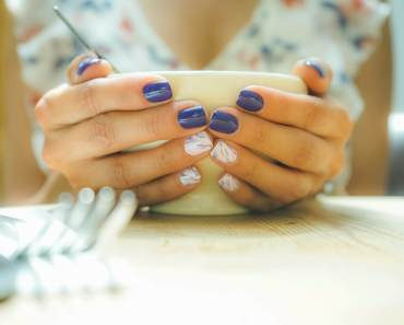 What does your nail say about your health?