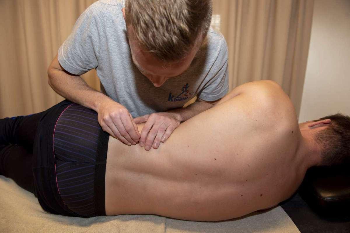 Aanbod Kineticz Zottegem Langestraat Kinesitherapie, Manuele Therapie, Podologie, Personal Training en Voedingsadvies Joeri De Cocker Therapeut