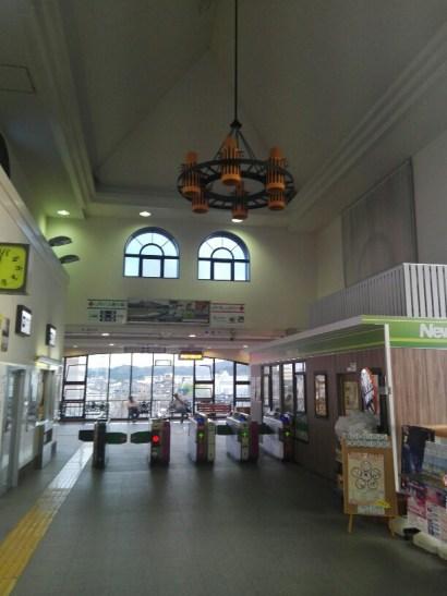 館山駅の様子①
