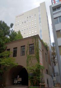 800px-Bunka_Gakuin_2012-10-08