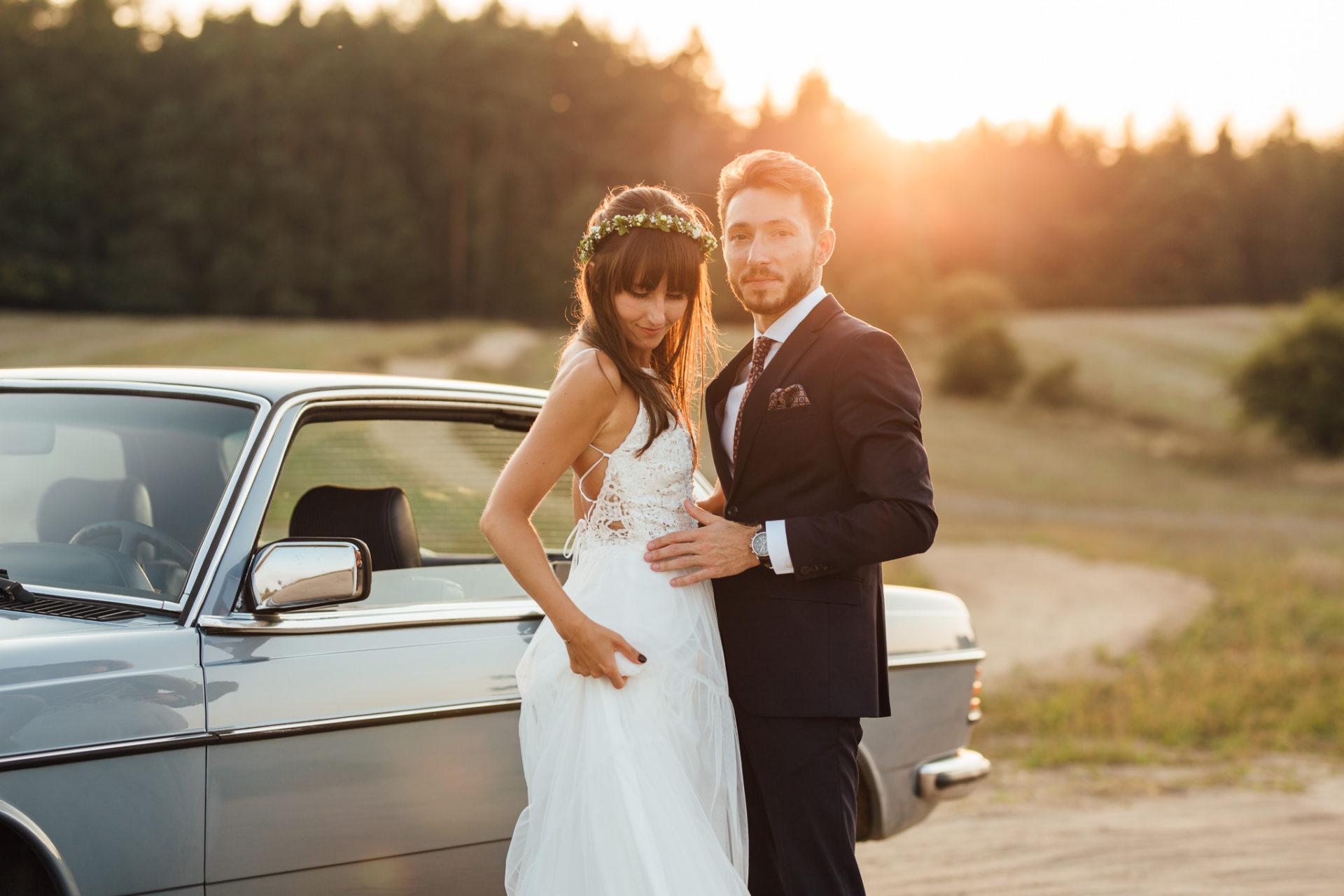ślubne-inspiracje-boho-suknia-ślubna-ochocka-atelier-mercedes-do-ślubu