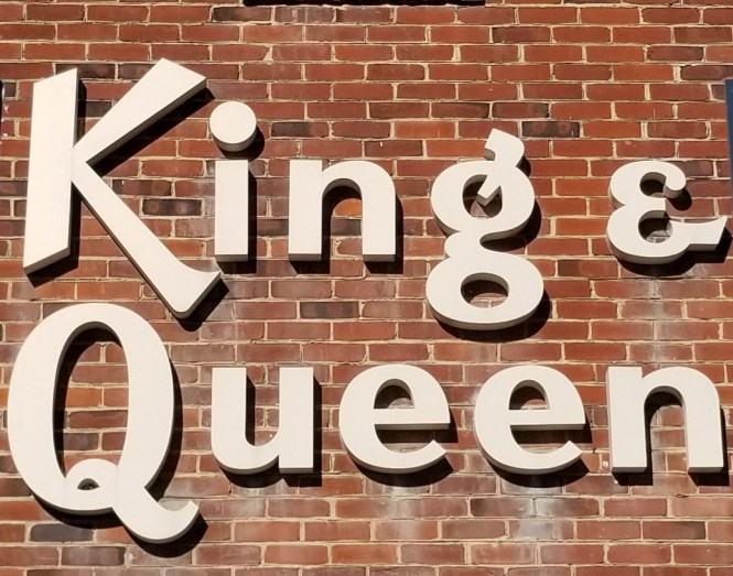 King Queen Apartments Home