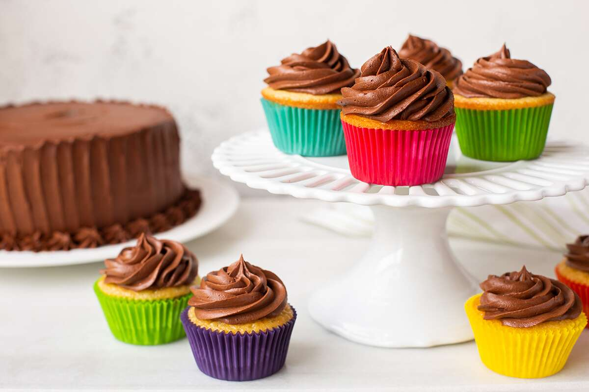 How To Convert Cake To Cupcakes