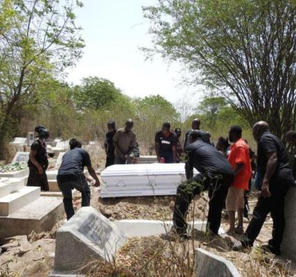 Pastor, 3 others arrested for attempted grave robbery