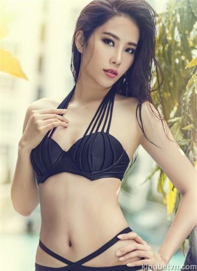 hoa hậu nam em diện bikini sexy
