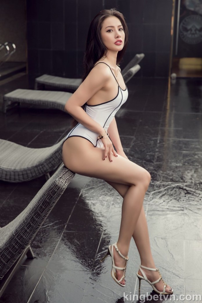 yaya trương nhi mặc bikini sexy