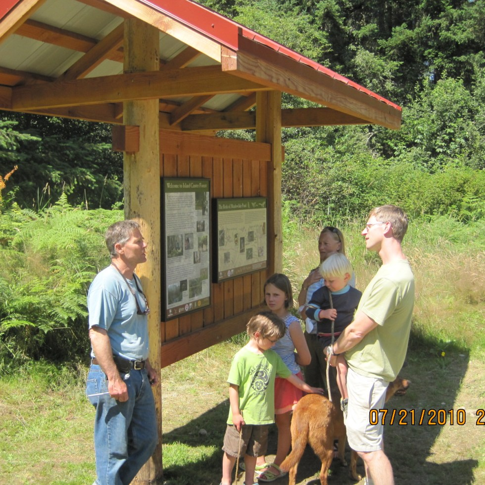 New interpretive signs for Island Center Forest