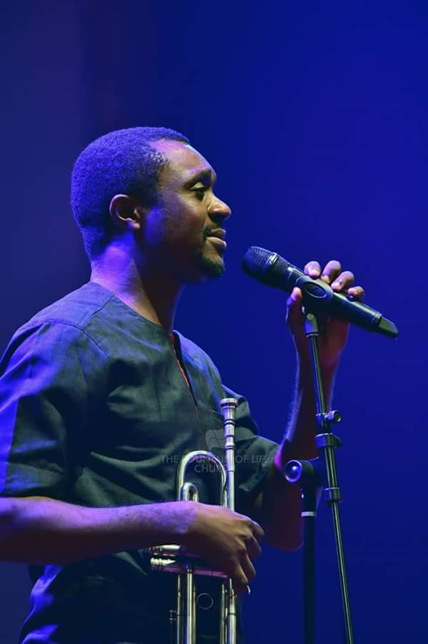 Olowogbogboro: Nathaniel Bassey Shares Testimony About How Someone Survived Ghastly Motor Accident In Lekki, Car Somersaults (Photos)