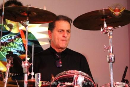 kingdomofkhan ali khan drums 2014 schlossprobe silverstage masan raschner bono johnson (5)