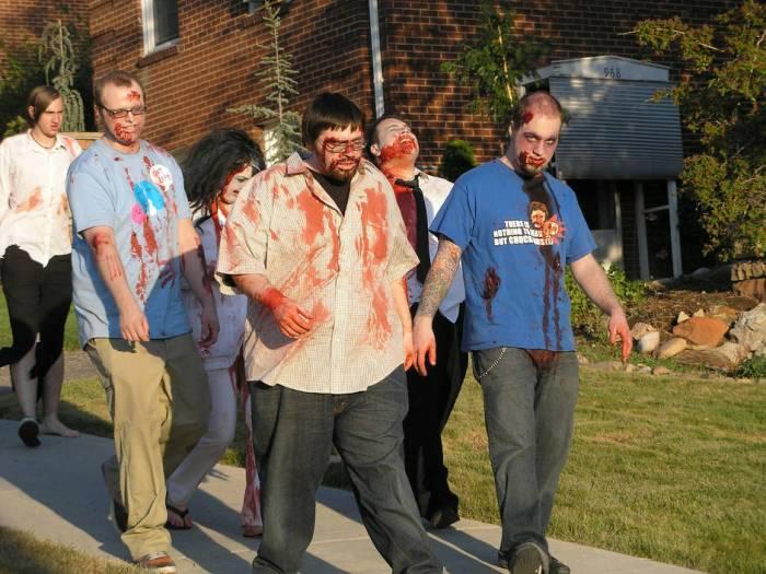 Zombie mob funny Halloween jokes