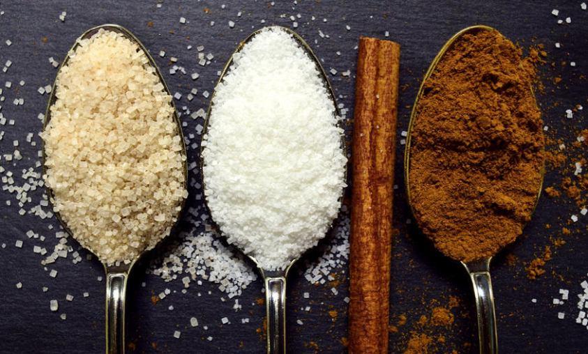 Cinnamon and sugar toppings