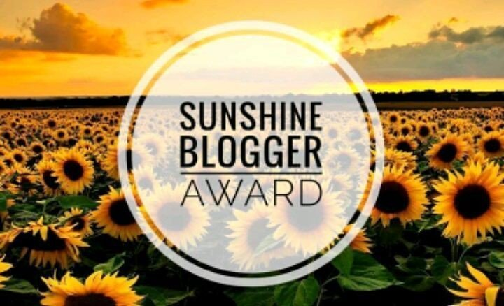 photo of the sunshine blogger award logo