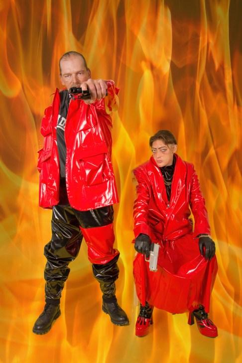 Kim and Paul wearing Nada van Dale8