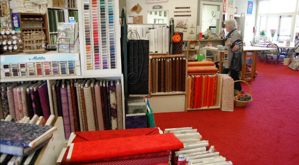 Kingman_AZ_Connies_Quilters_hideaway_fabric