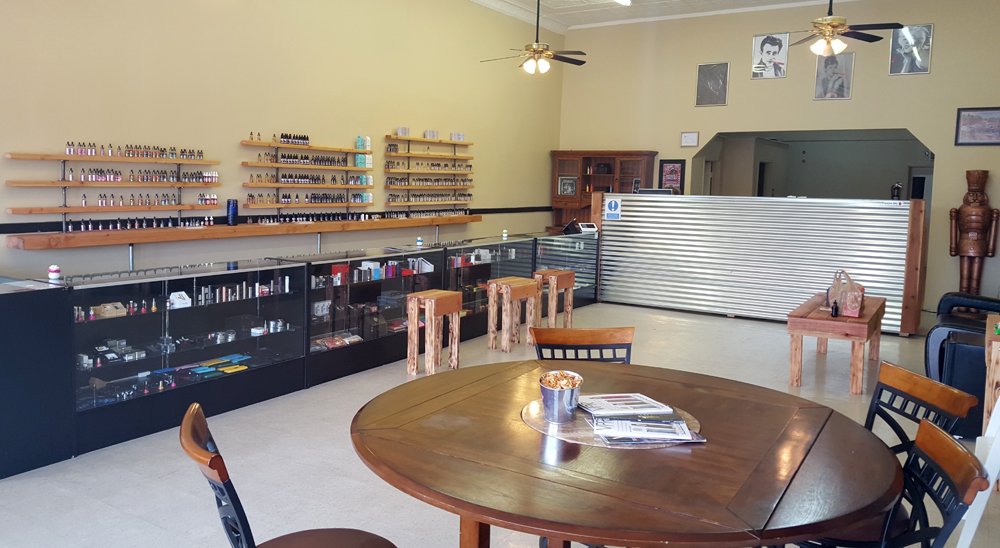 Old-Town-Vape-Store-e-cigarette-juice-route-66-3