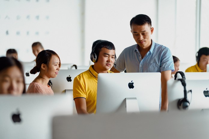 Apple-SR-Report-2019_classroom_03062019
