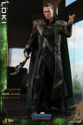 Hot Toys - A4 - Loki collectible figure_PR3