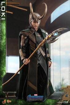 Hot Toys - A4 - Loki collectible figure_PR6