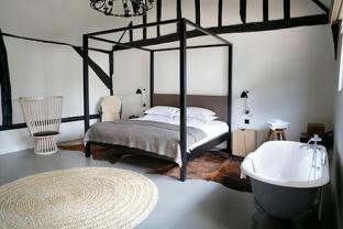 466308-1-eng-gb_the-crown-amersham-bedroom_web480