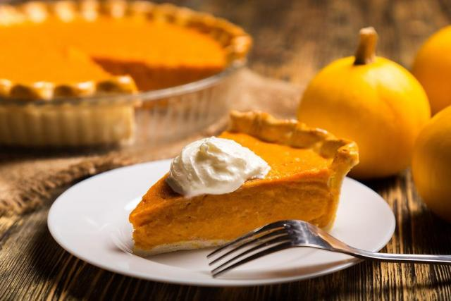 How-to-Make-Easy-Pumpkin-Pie-a-Thanksgiving-Must-Have-13095-cbe484b630-1482328883.jpg
