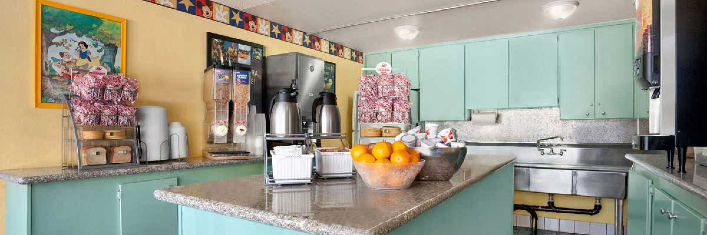 Kings Inn Anaheim — Hotel Near Disneyland — Best Value Anaheim Hotel ...