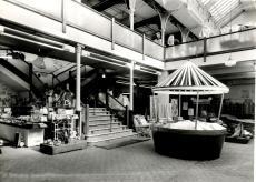 1955 (circa) Jermyns central atrium (PM Goodchild)