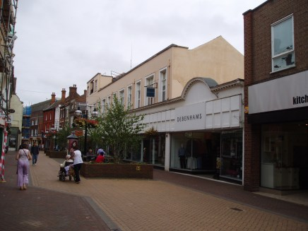 2007 Nos 10 to 16 Debenhams