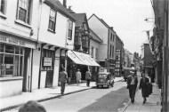 1960 (approx) Trustee Savings Bank @ No 46 (left) (Lynn Forums)