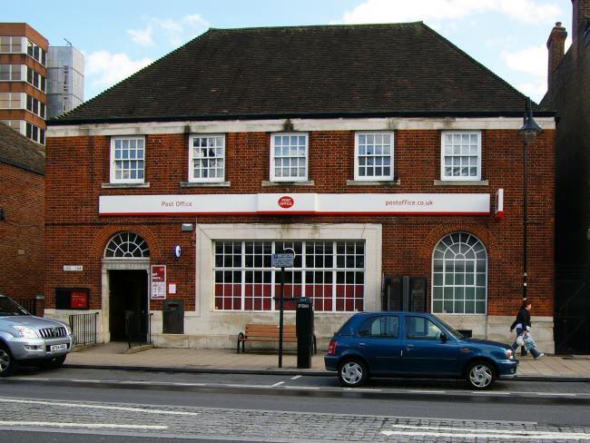 EXCLUSIVE: Staff choose redundancy as new owners take over New Malden Post Office