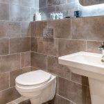 Standard Bathroom - Kingstons Townhouse
