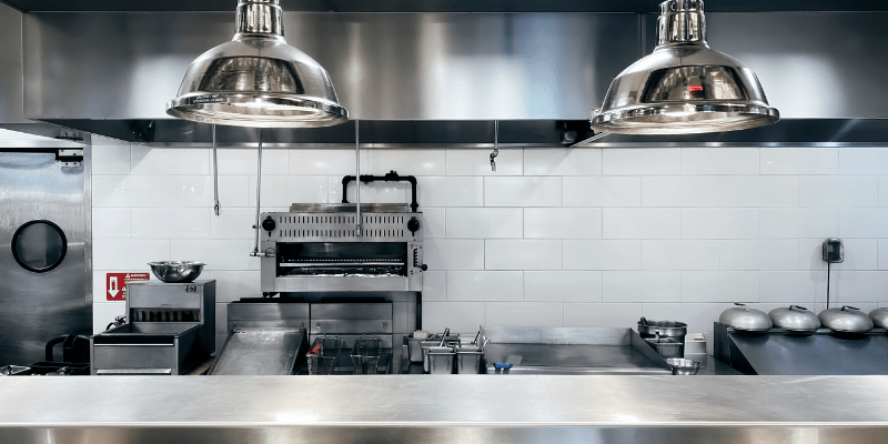 Learn how to open a ghost kitchen with these tips from Kingswood Leasing, powered by TimePayment!