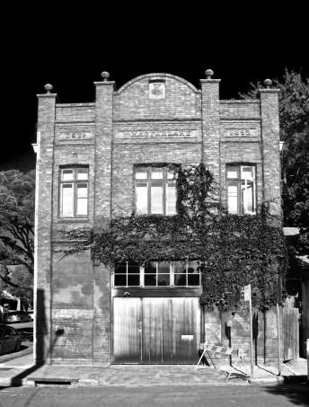 1892 building